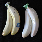 Vintage Collectible S & P Shakers In Shape of Bananas Enesco 1950-60s Excellent Condition