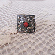 Fun Vintage Fashion Statement Ring Silver Etched Glass Coral