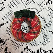 SALE Vintage Christmas Wreath Brooch Pin Velvet Ribbon Signed Avon