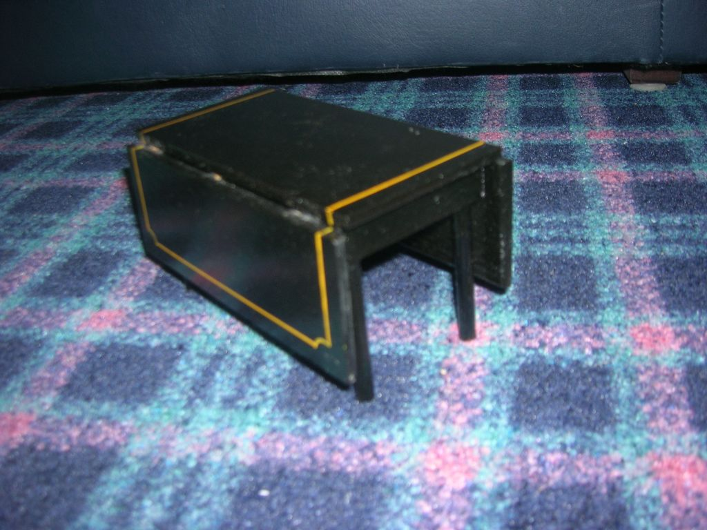HTF Vintage Black Lacquered Wood Doll Drop Leaf Table!