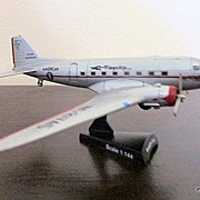REDUCED DC-3 American Airlines Flagship Die Cast Scale Model New/Boxed