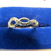 REDUCED Sterling Silver Intertwined Bands Ring Size 7