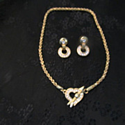 Gloria Vanderbilt Top Quality Necklace & Earring Set