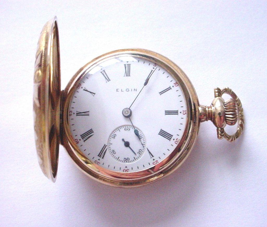 Pendant Watch; Elgin, 14K Gold, Hunter Case, Engraved Foliate