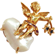 14K Winged Angel Sitting on a Pearl Cloud with Stars! Looks Like Ruser Pin or Brooch