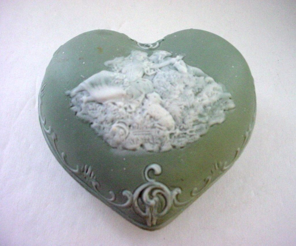 Schafer & Vater Jasperware Puffy Heart Shaped  Box