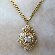 Exceptional Vintage Lady�s 18k Diamond Pendant & Chain