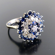 Exquisite Circa 1920�s 18K Lady�s Diamond & Sapphire Ring