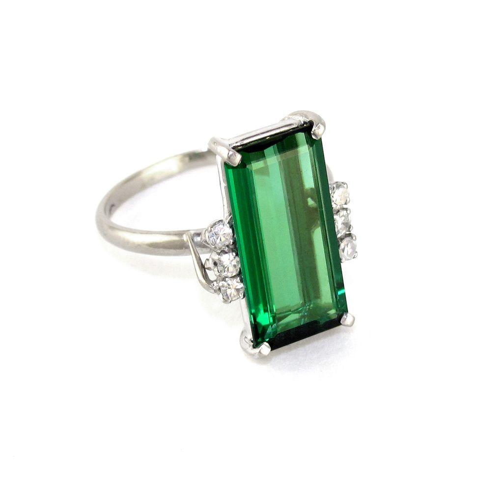 emerald cut chrome green tourmaline 18k