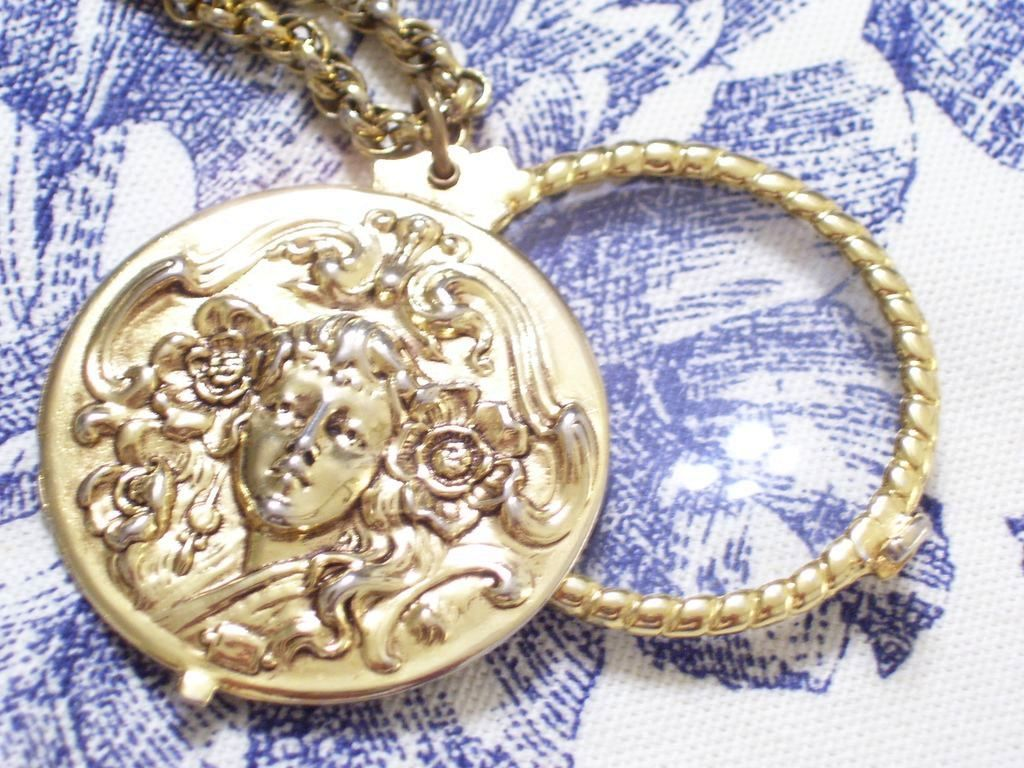 Vintage Art Nouveau Style Goldtone GODDESS Magnifying Pendant Necklace
