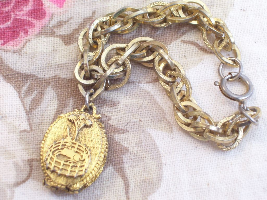 Vintage Corday Unicorn in Captivity Perfume Locket Chunky Chain Link Charm Bracelet Original Box