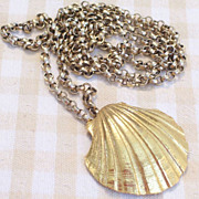 SALE Rare Huge Goldtone Scallop Sea Shell Perfume Locket Pendant Necklace