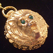 Vintage Lion Green Rhinestone Goldtone Perfume Locket Box Pendant Necklace