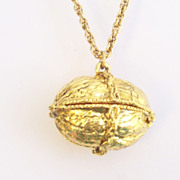Rare Vintage Goldtone Walnut Nut Perfume Locket Pendant Chain Necklace