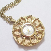 Vintage Meyer Goldtone Floral Flower Pendant Working Watch Necklace