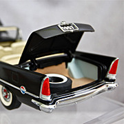 Franklin Mint 1957 Chrysler 300C Convertible