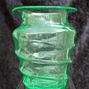 Consolidated Catalonian Vase, Brilliant Emerald, Ca. 1939