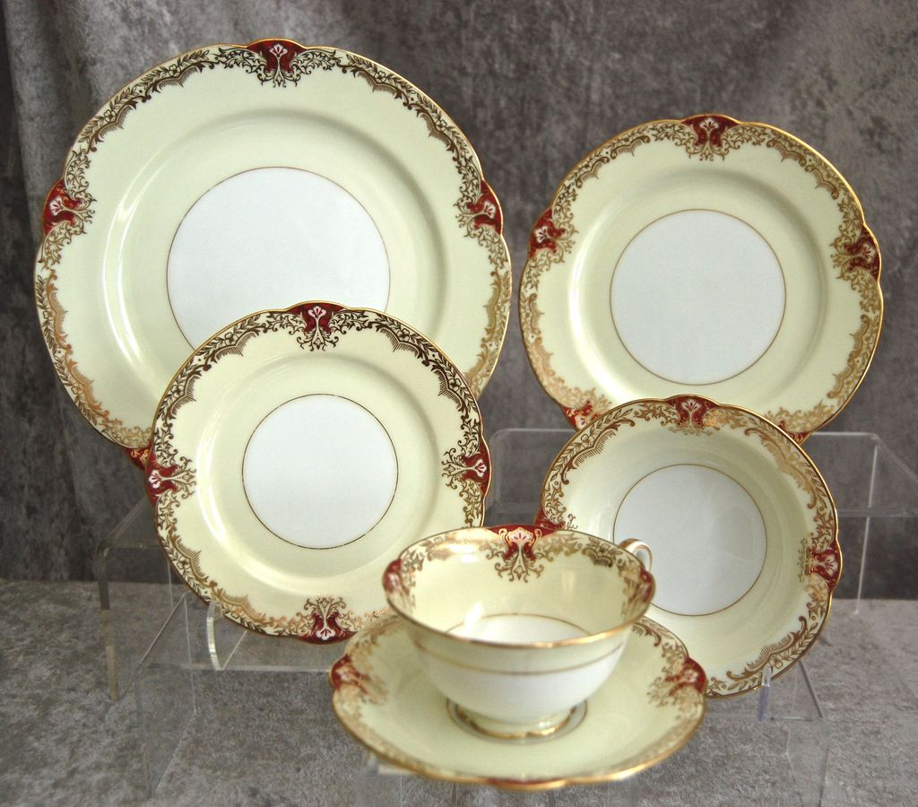 Fabulous Noritake Red &quot;Vornay&quot; 48 pc. Service for 8, Ca. 1930