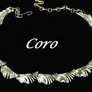 Coro Pegasus Vintage Signed Scalloped Goldtone Necklace