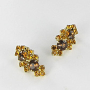 Amber brown Rhinestone Clip Back Earrings Gold Tone Vintage
