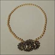 Retro Faux Pearl & Rhinestone Pin/Necklace