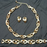 Fabulous Modernist Alfred Phillippe Crown Trifari Set; Necklace, Bracelet, Earrings
