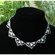 Vintage Coro Necklace - Silvertone Triangles