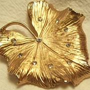 CORO Leaf Pin ~ Goldtone and Rhinestones ~ mid 1970's