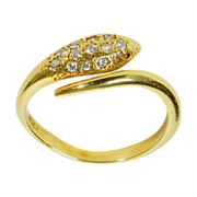 18 K Snake Ring With Diamonds