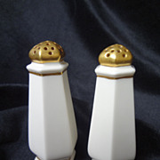 SALE CAC Lenox American Belleek salt & pepper shakers