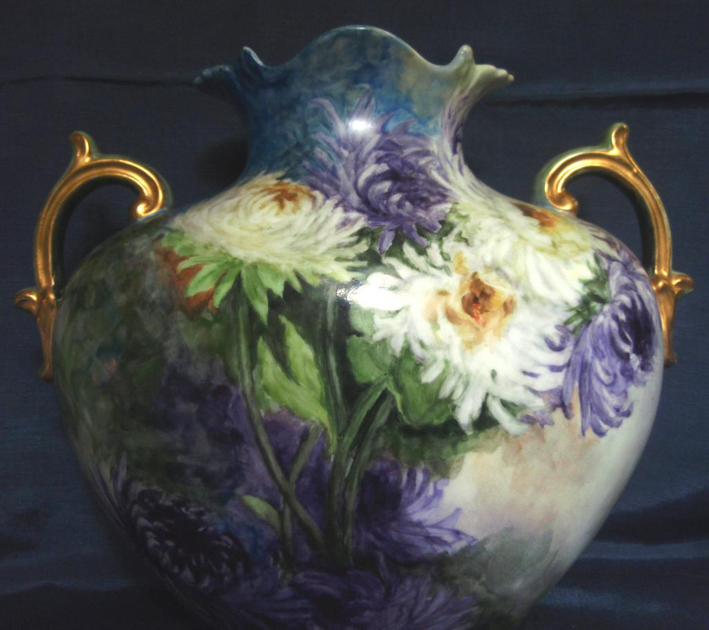 Beautifully Hand Painted Chrysanthemum Porcelain Vase