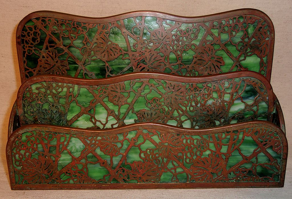 Beautiful Tiffany Grapevine Pattern Paper Rack