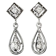 Delicacy in an Estate Diamond Earring
