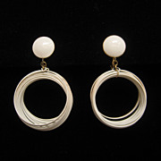 Vintage Retro Vendome White Dangle Loop Wire Earrings