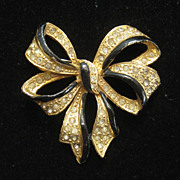 Vintage Rare Fred Gray Black Enamel Rhinestone Bow Pin 1940s