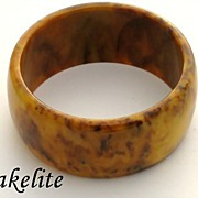 Vintage Retro Bakelite Wide Mississippi Mud Bangle Bracelet
