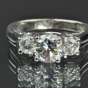 SALE 1.42 Carat 3 Diamond Ring / 1.02 Center / EGL Certified