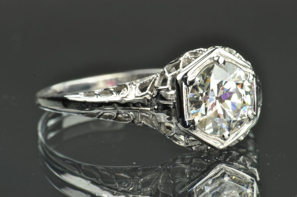 1 carat edwardian style solitaire engagement ring from