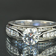 SALE 2.48 Carat Diamond Ring / 1.08 Carat Center