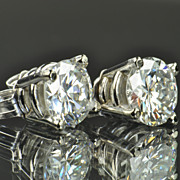 SALE 1.30 Carat Diamond Stud Earrings / EGL Certified