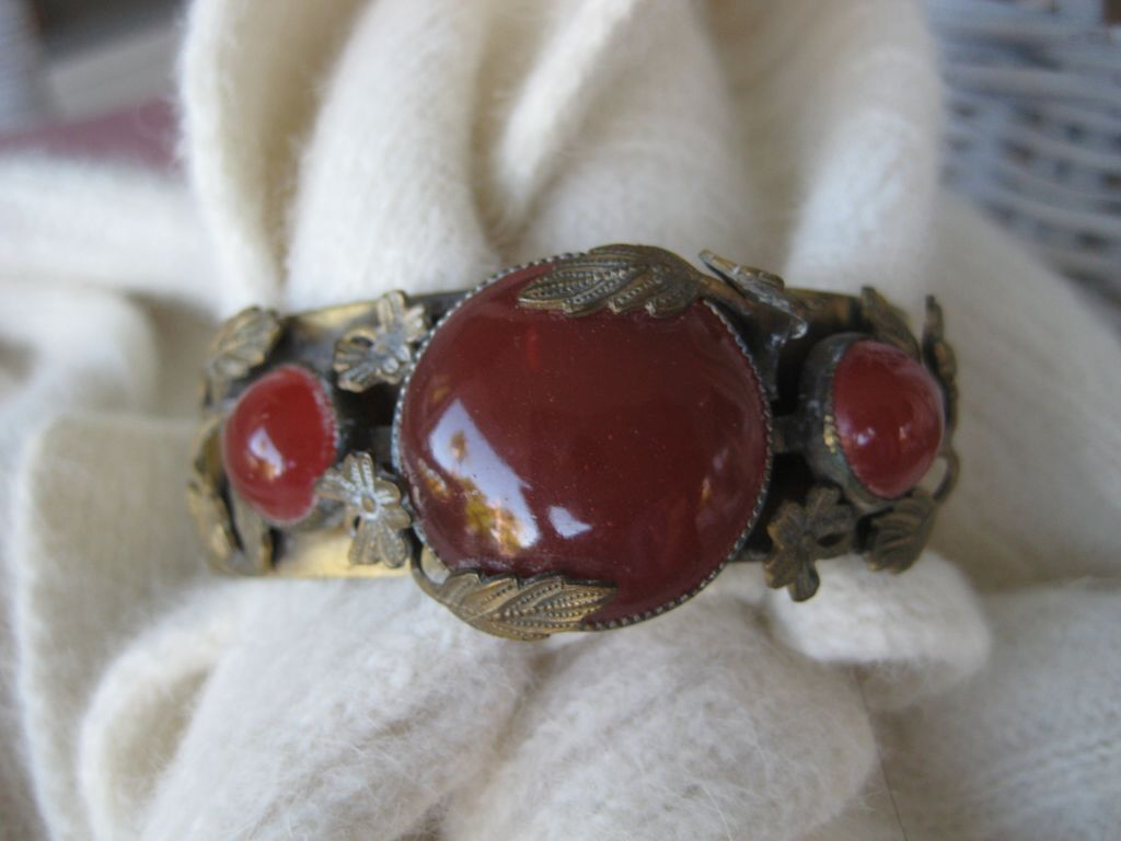 Brass Bangle Carnelian Bracelet