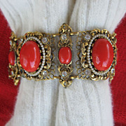 Gorgeous Selro Red Lucite Thermoplastic Rhinestone Simulated Pearl Bracelet