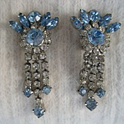 Gorgeous Dangling Carribean Blue Rhinestone Earrings