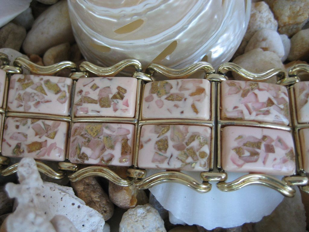 Coro Pink Golden Metallic Confetti Thermoset Lucite Bracelet