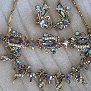 Breathtaking Hollycraft 1957 Rhinestone Necklace Bracelet Earrings