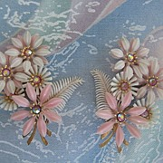 Coro Shell Pink Plastic Rhinestone Clip Earrings
