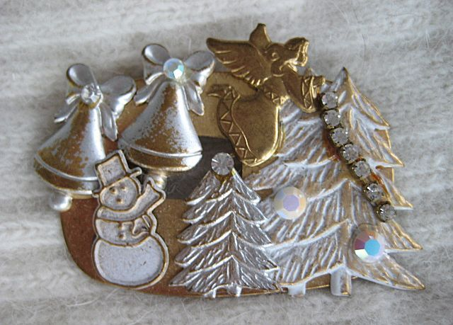 Christmas Scene  Rhinestone Angel Snowman Brooch
