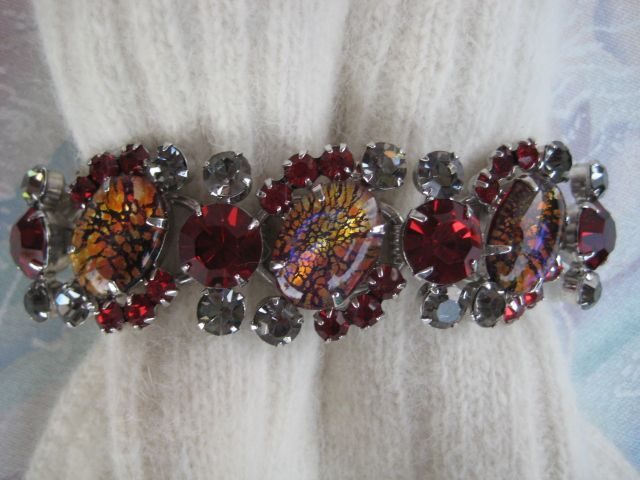 Delizza and Elster Juliana Red Cat's Eye Rhinestone Bracelet