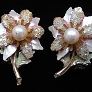 Sead Bead Pink Flower Faux Pearl Enamel Clip Earrings