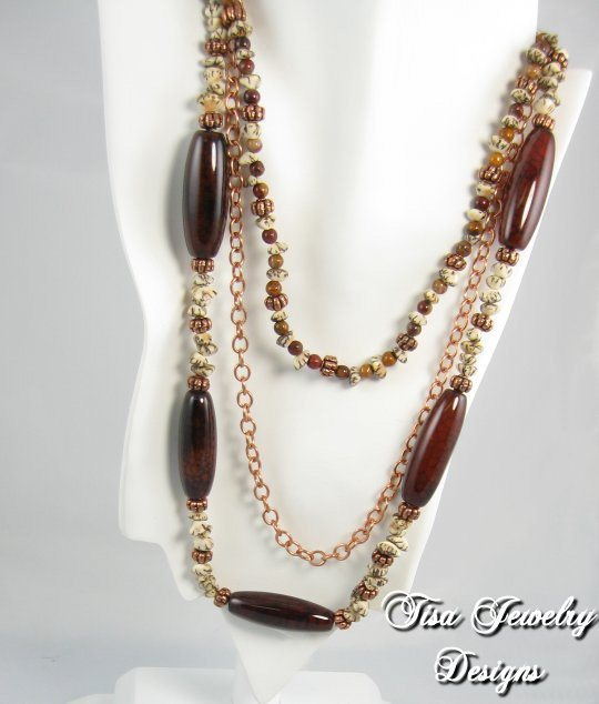 NUTS `n HONEY – 3-strand necklace of Tagua nuts, carnelian, spider agate and copper